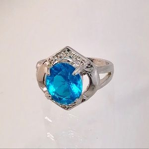 Beautiful Blue Topaz Sterling Silver Ring